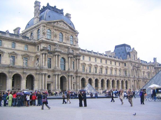 日本からフランスまでの飛行時間を都市ごとに解説!