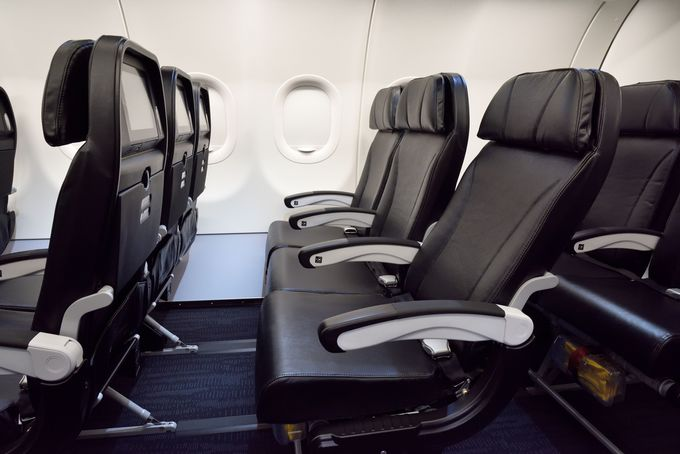 全席レザーシート!飽きさせないサービスがいっぱいの座席