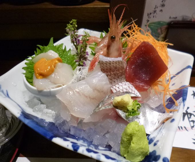 日本海で獲れた、活のいい旨い魚を堪能できる、刺し盛りが驚くほど安い!