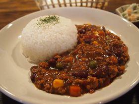 宝石?岩手 遠野ランチ「お休処やおちゅう」豆とひき肉のトマトカレー