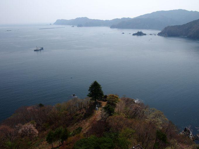 釜石大観音胎内から展望台に出れば、海抜120mの絶景が待っている!