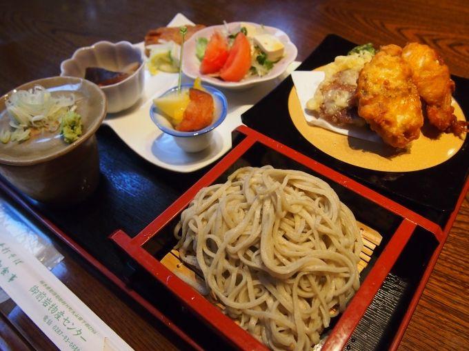栃木・馬頭温泉「御前岩物産センター」で温泉とらふぐ料理を満喫!
