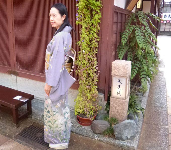 金沢の旅の思い出に!記念写真のシャッターはスタッフにお願い