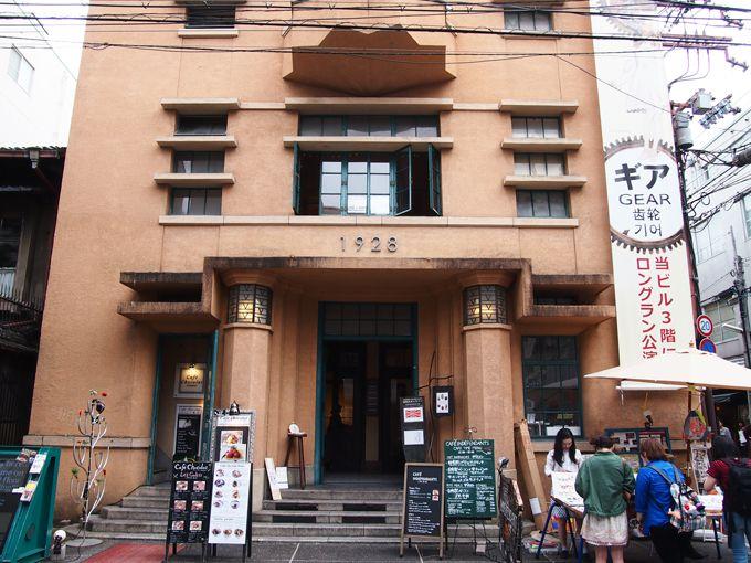 ギア専用劇場のある1928ビルは、築90年近い京都の歴史的建造物!