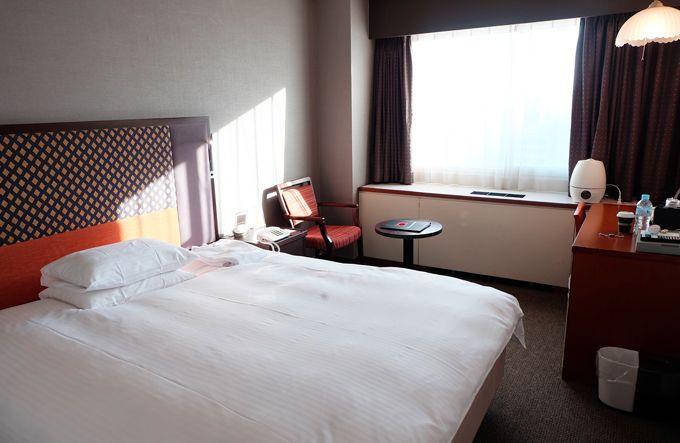 客室は明るく、ゆったりとして寛げる空間!