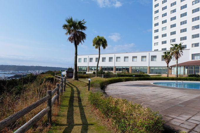 本州最南端の町の絶景ホテル!和歌山「串本ロイヤルホテル」橋杭岩を一望