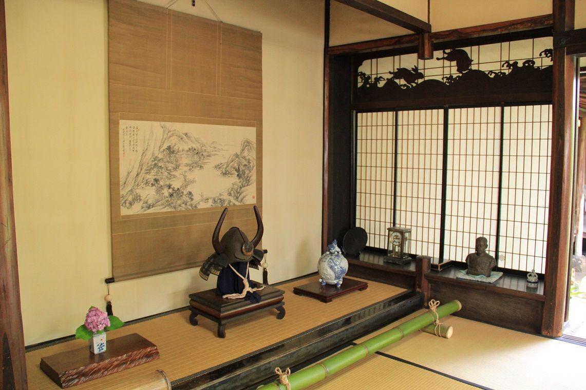 客をもてなす座敷棟、文化財建築の書院と意匠