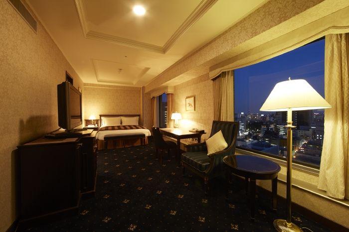 8.名古屋観光ホテル