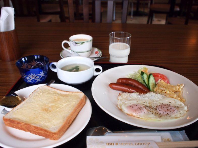 朝食は「和定食」又は「洋定食」を選んで