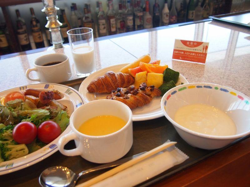 22階の絶景レストランで朝食バイキング!