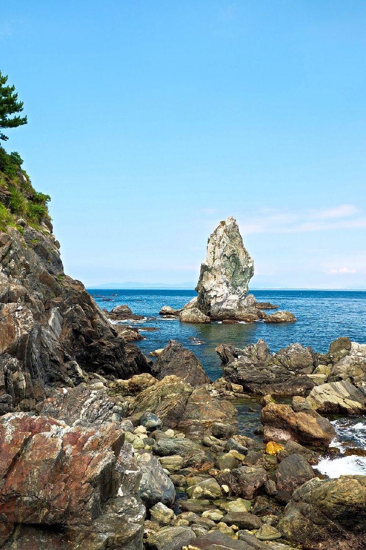 一番の名所「上立神岩」、おのころクルーズもおススメ
