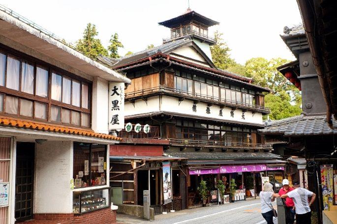 江戸情緒漂う門前町「成田山表参道」レトロ建築の名店&グルメ巡り