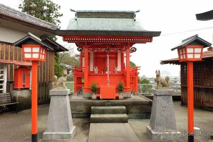 2つのパワスポ、護国神社と卯寅稲荷神社