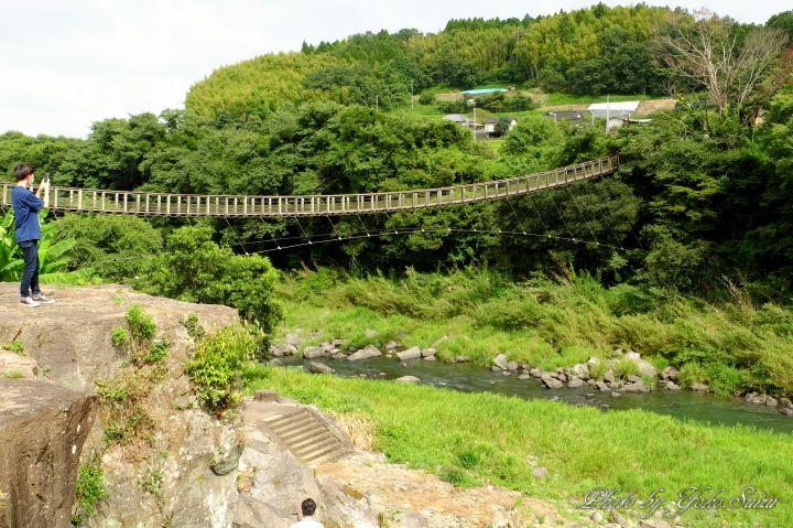 絶景を一望する滝見橋