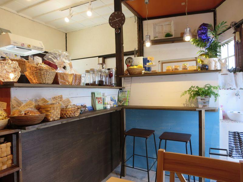 七つの橋を渡る離島カフェ。今治・岡村島の「まるせきカフェ」
