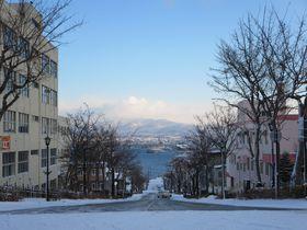 夜景だけじゃない、冬の函館は真っ白な雪景色も最高!