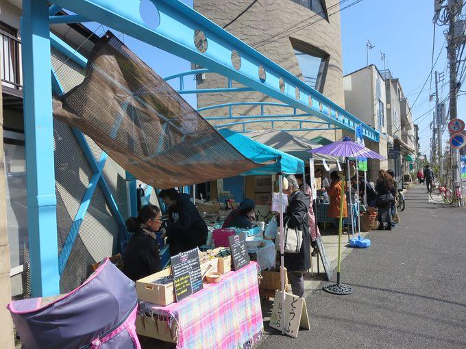 雑貨屋「Lapis」さんも一緒に「ゆるゆるマーケット」。