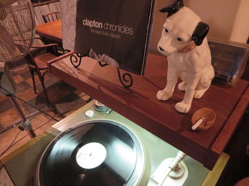 サザンの街・茅ヶ崎で訪れたいレコードカフェ「BRANDIN」
