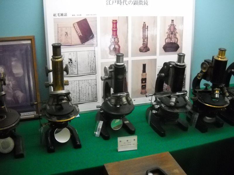 4号展示室にあるレーゲンフックの顕微鏡は必見!