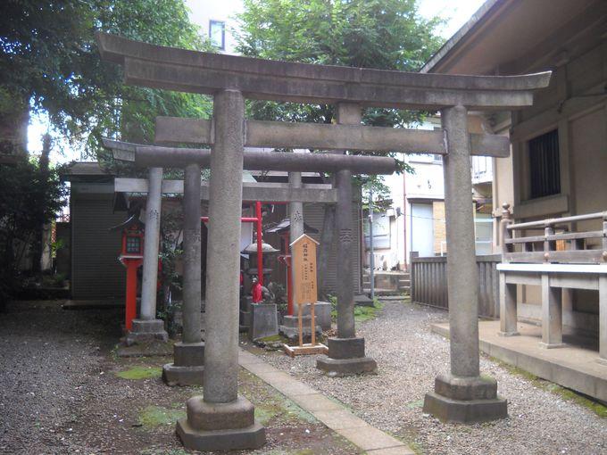 境内社の「稲荷神社」