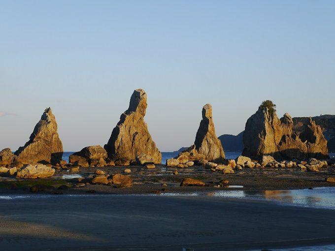 絶景の奇岩群、パワースポット橋杭岩