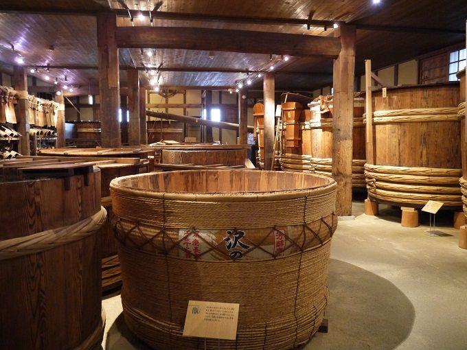 日本一の酒どころ兵庫県の灘(なだ)の酒蔵めぐりで醸造蔵ランチとおいしい酒探し