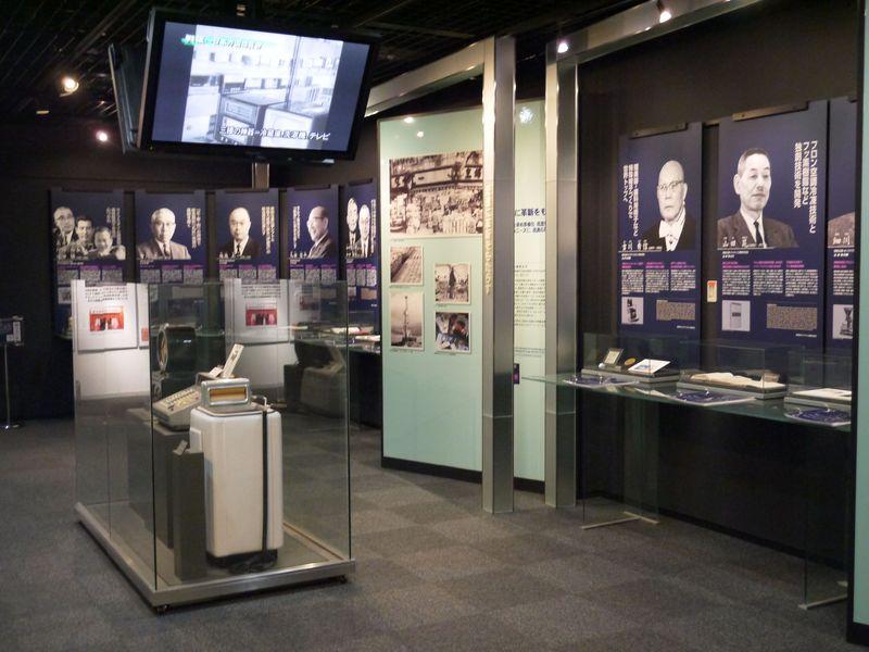 経営の神様たちに出会える!「大阪企業家ミュージアム」と大阪発祥企業を社会見学する旅