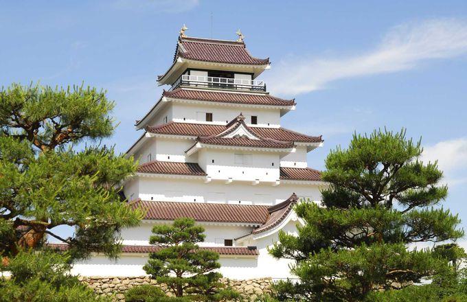 八重も仰ぎ見た幕末の「鶴ヶ城」