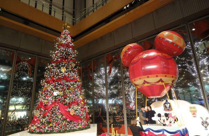 あら不思議!?クリスマスツリーが何本も見える魔法 in 丸ビル