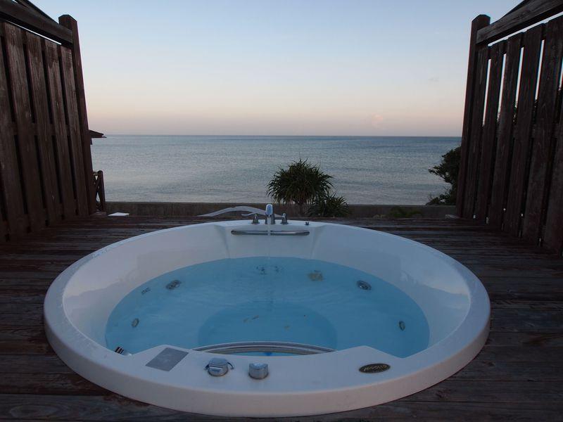 1日1組限定!沖縄の海にずっと寄り添える「海辺の宿 かぬたん」