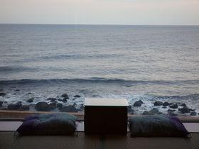 館内全部が海絶景!!伊豆稲取温泉「石花海」は美味しい魚をいっぱい食べられる宿