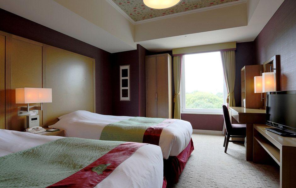 クラシカルな英国の邸宅に招かれたような「ホテルモントレ赤坂」で優雅な滞在を