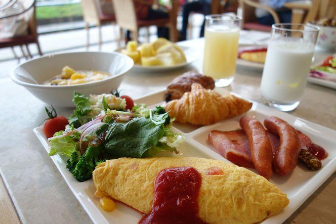 里山の食彩にあふれた朝食バイキング