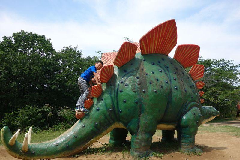 「水戸市森林公園」で実物大恐竜と遊ぶ!!茨城のジュラシックパークへ