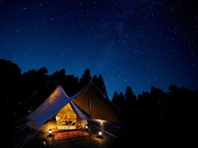 もう頑張らないっ!栃木・ツインリンクもてぎ「森と星空のキャンプヴィレッジ」で優雅なキャンプ