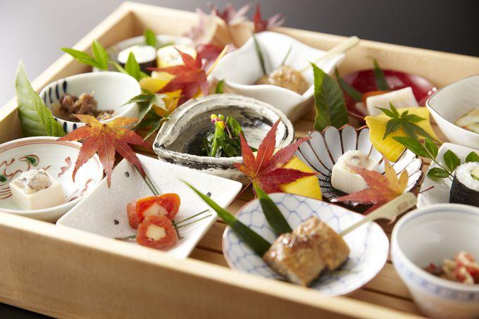 宿泊者専用「ラウンジ 桜彩(おうさい)」で日本の食を楽しむ