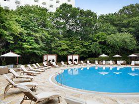 ナイトプールだけじゃない!!「グランドプリンスホテル新高輪」で爽やかなモーニングプール