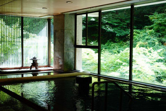 自家源泉を持つ「東山温泉 原瀧」の極上の湯でのんびり