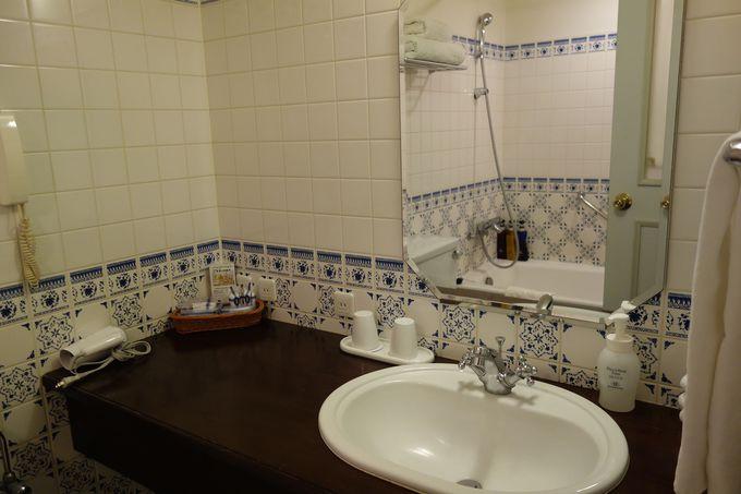 バスルームも可愛い!!細部にまでこだわった客室で英国旅行気分