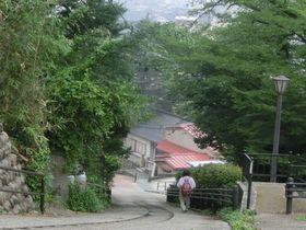 金沢城の絶景スポットの穴場に通じる、べた踏み「子来坂」