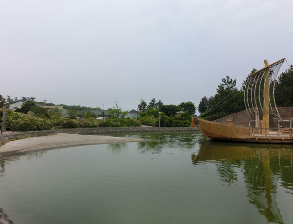 水上舞台のある「大野お台場公園」