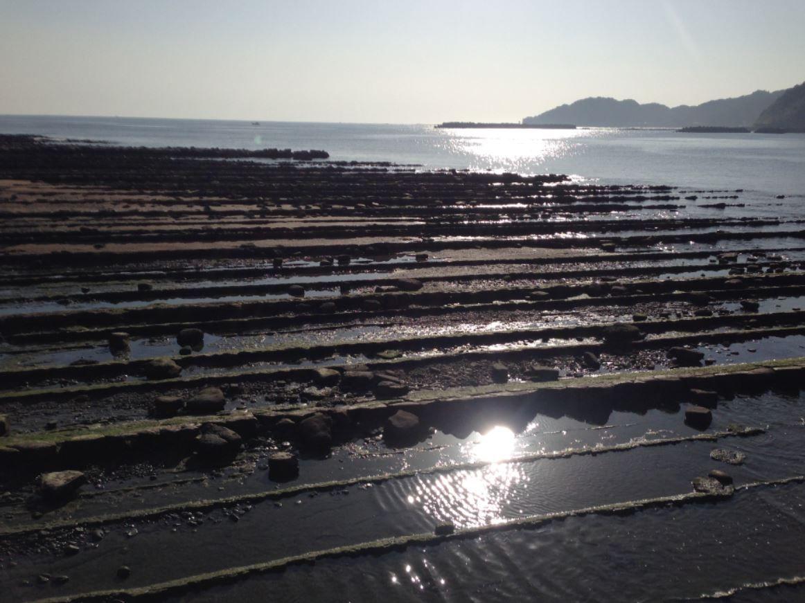 絶景!日向灘の洗濯岩