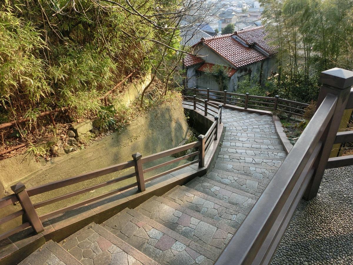 金沢城の搦め手、小立野の急坂「嫁坂」と「馬坂」
