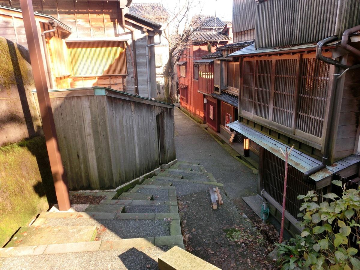 兼六園にも坂道が!金沢の名所には歴史を語る「坂道」あり