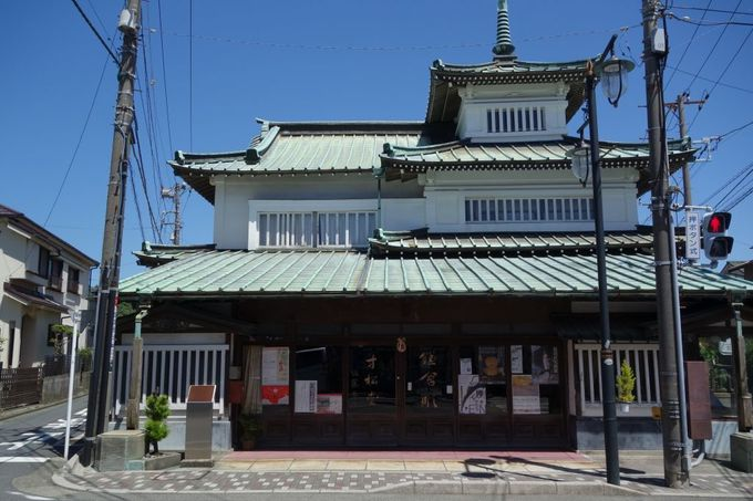鎌倉彫の老舗「寸松堂」