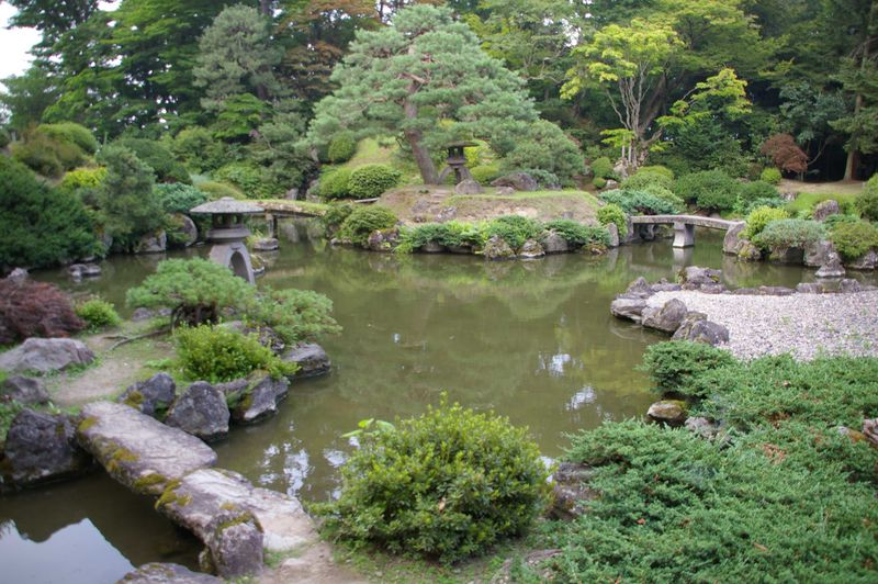 明治時代の三大庭園の一つ