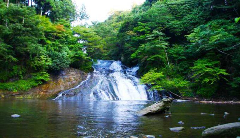 養老渓谷で滝ざんまい——千葉県市原市・大多喜町