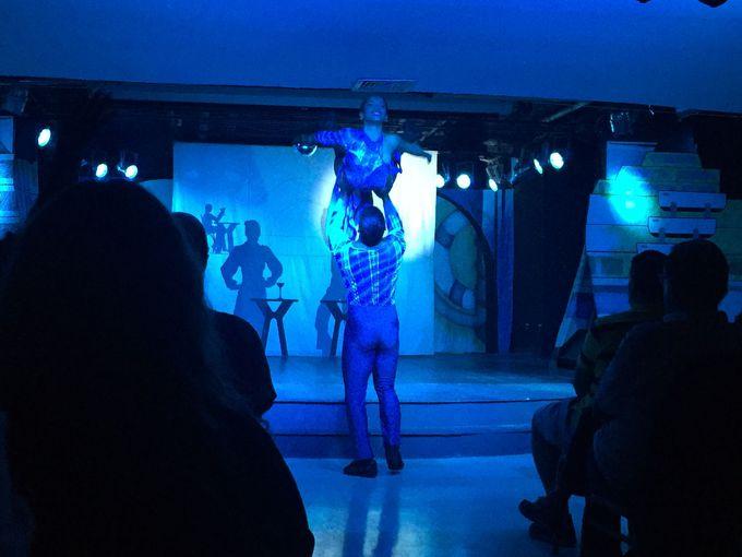 毎晩繰り広げられるキューバ音楽ライブとショー