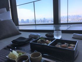 天空でのお食事はいかが?高層のリゾート「ザ・ラウンジ by アマン東京」