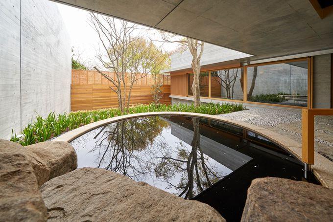 天然温泉など、ヴィレッジ内の施設を満喫しよう